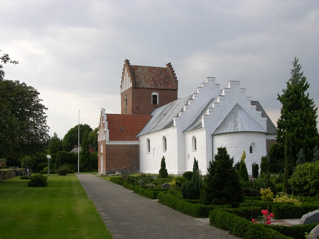 Auning Kirke photo