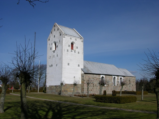 Loegsted Kirke photo