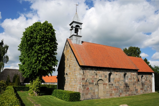 Randlev Kirke photo