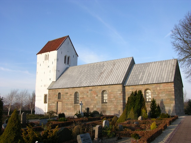 Simested Kirke photo